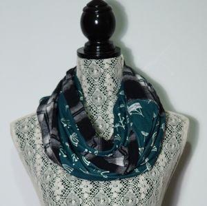 Mobius threads handmade infinity scarf